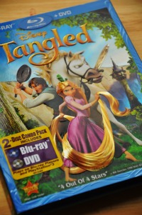 Tangled (Three-Disc Combo: Blu-ray/DVD/Digital Copy)