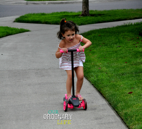 Little Tikes Learn to Turn Scooter