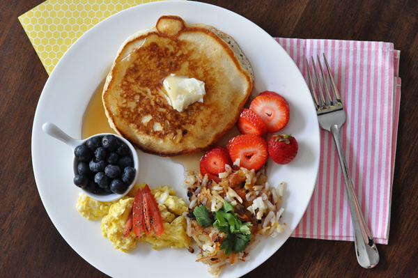 Ore Ida Hashbrown Breakfast Pancakes Eggs Fruits (3)