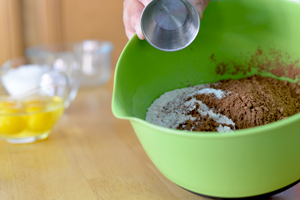ingredients cake chocolate donuts