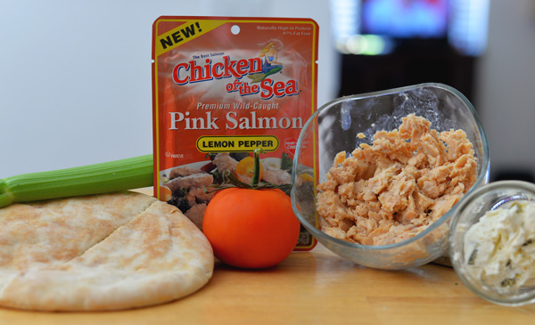 Chick Of the Sea Pink Salmon Lemon 5 ingredient recipe pita sandwich ideas (2)