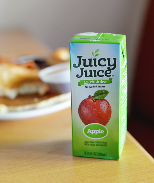 Juicy Juice Apple Kids Pool Snack Idea (2)