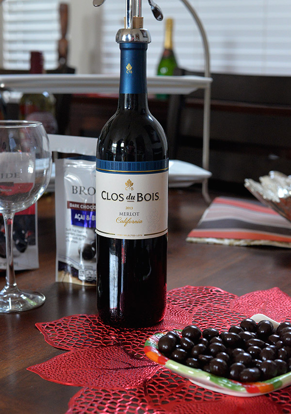 Clos Du Brois With Dark Chocolate With Fruit