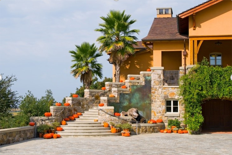 house-nice beautiful lawn care landscaping