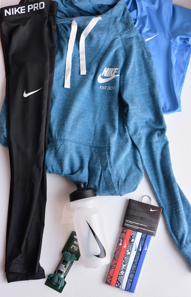 dicks-sporting-goods-nike-gear-for-girls