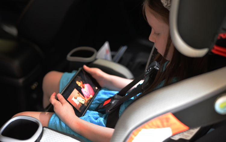 watch storybook telling on iphone instead of youtube kid