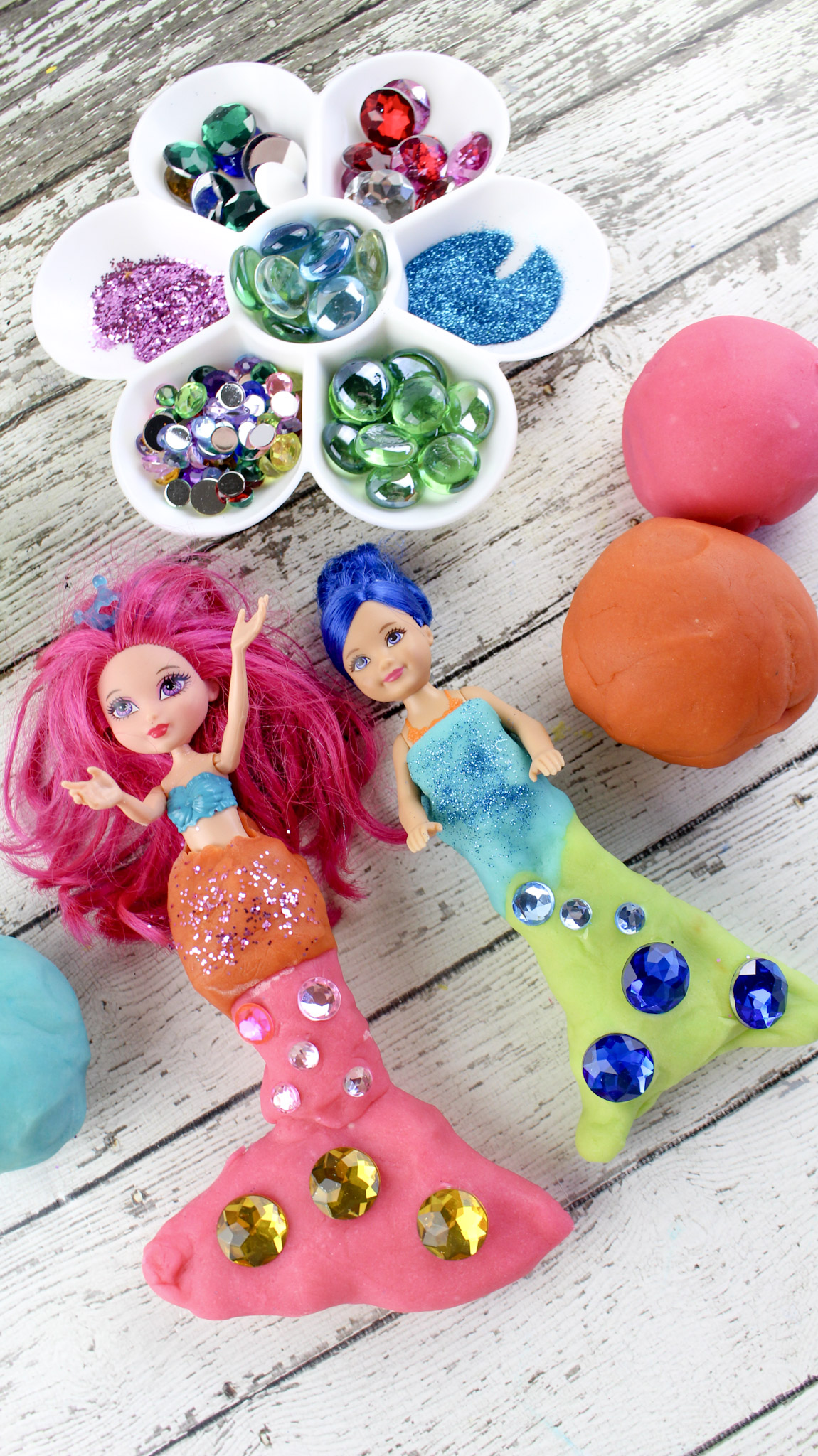 making mermaid play doh