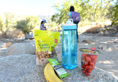 healthy hiking snacks