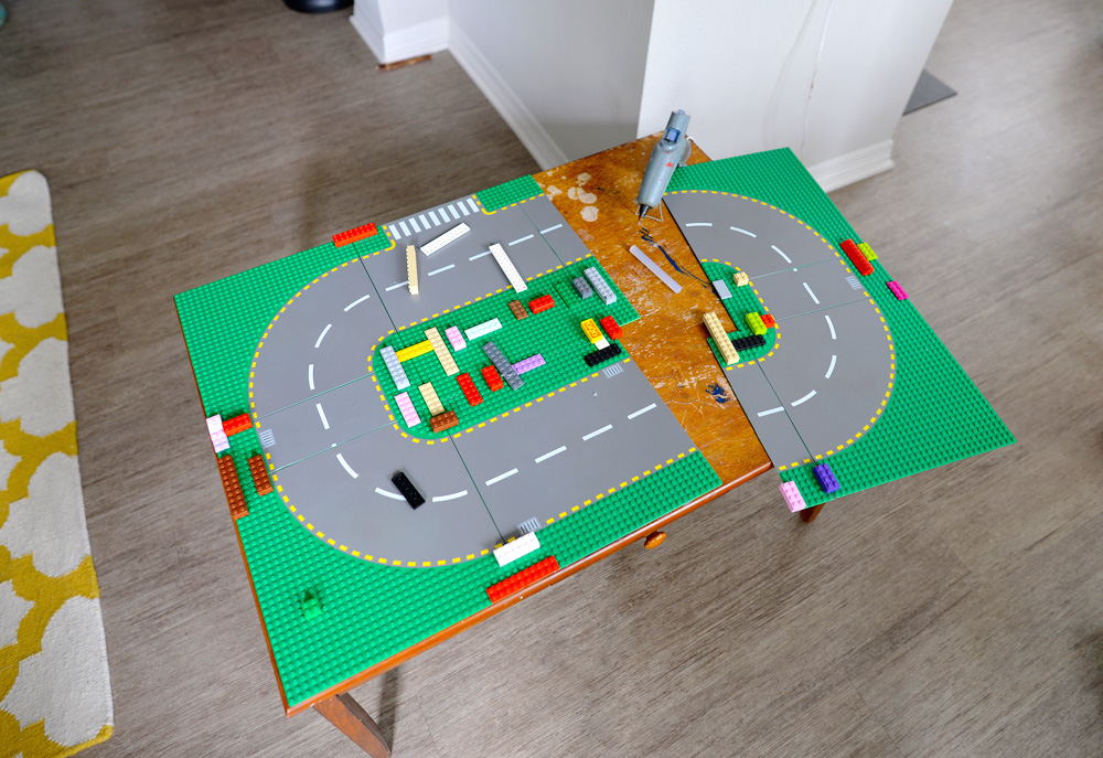 LEGO Table DIY gluing baseplates