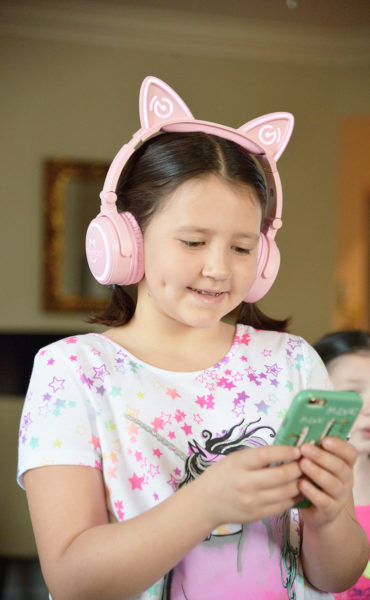 MindKoo Wireless Cat kids Headphones lights