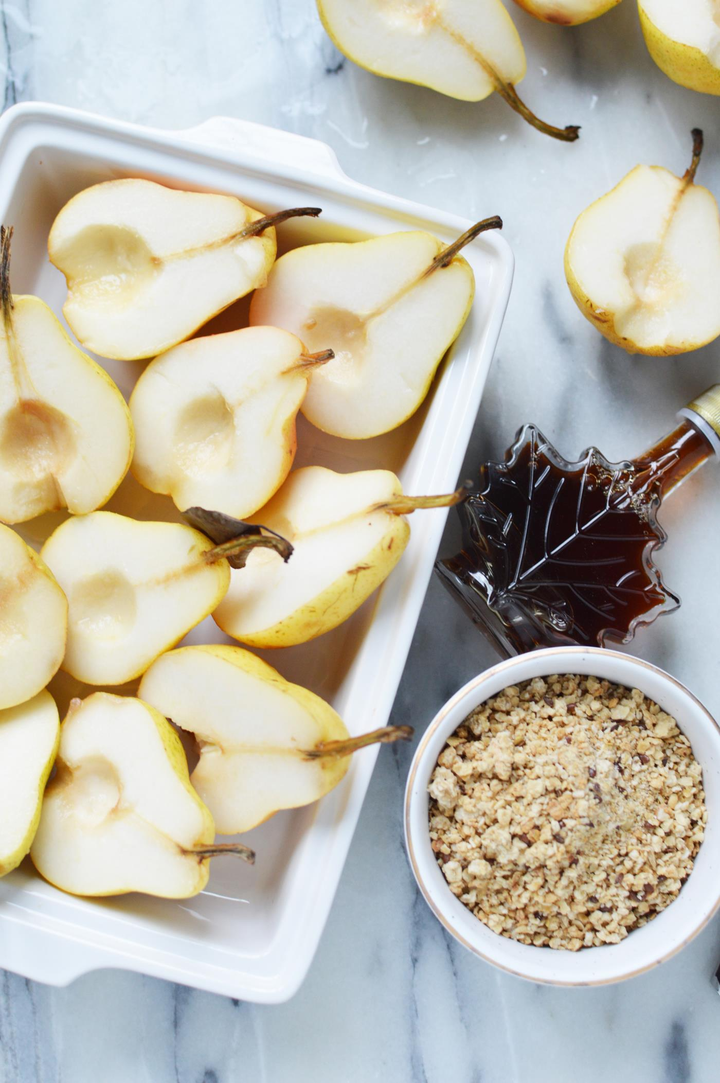 Baked Pears With Maple Granola