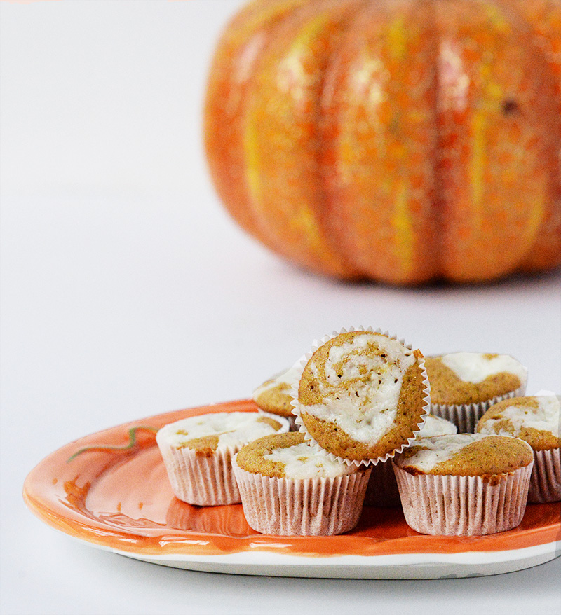 Mini Pumpkin Cheesecake Muffins